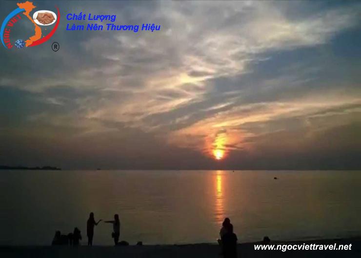 ĐẢO BÌNH HƯNG - NINH CHỮ 03 Ngày 3 Đêm
